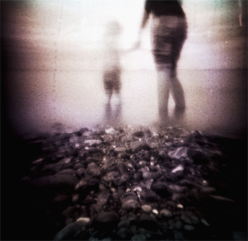 Sharing the Moment -Pinhole Blender Mini 35